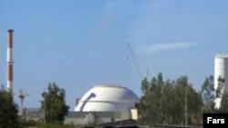 کار ساخت نیروگاه بوشهر تا کنون بارها با تاخیر رو به رو شده است