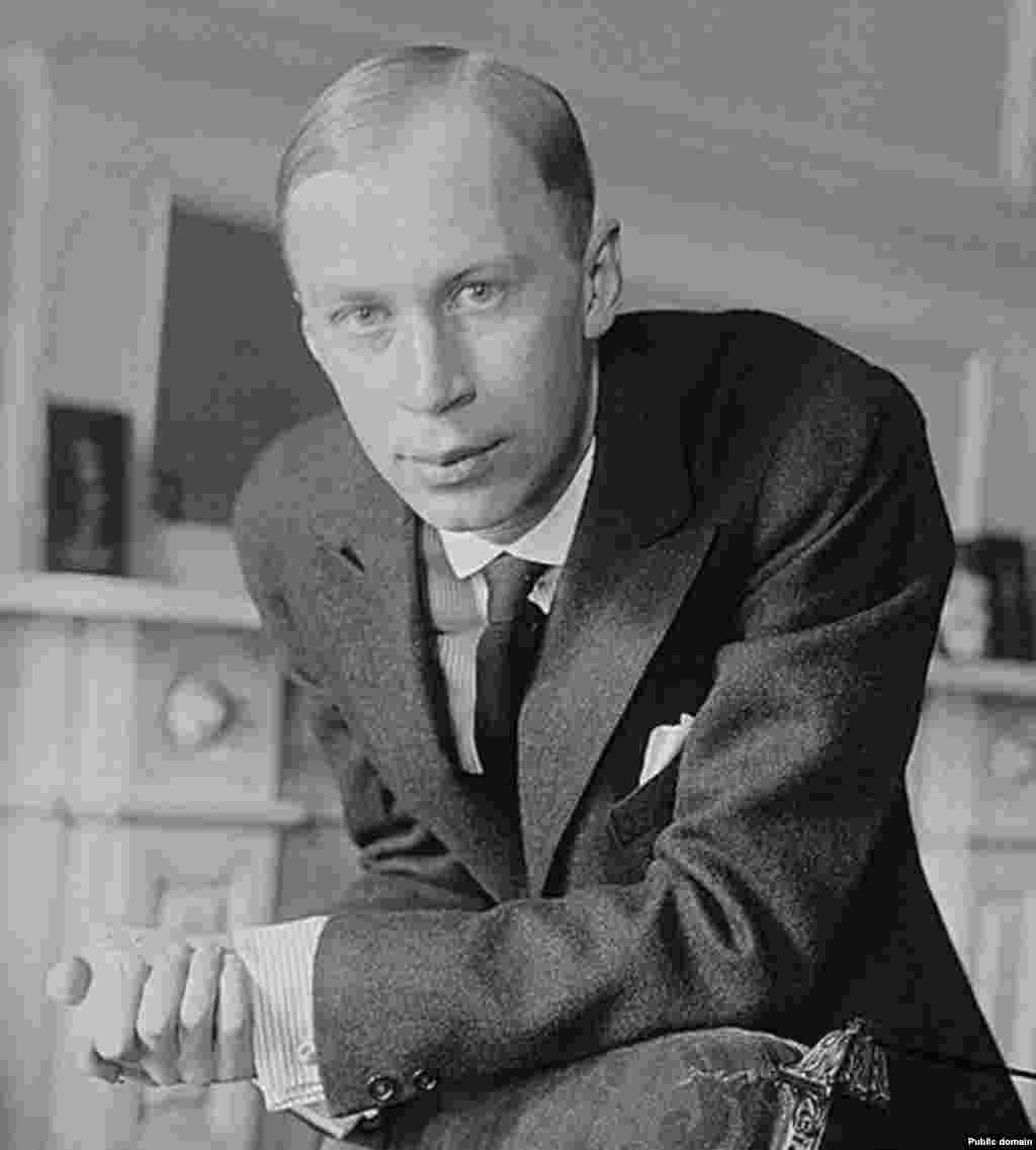 "After the Russian Revolution, Prokofiev saw little opportunity for his experimental music in Russia and resettled first in San Francisco, then a few years later in Paris. In the United States he wrote the opera ""The Love for Three Oranges,"" which premiered in 1921."