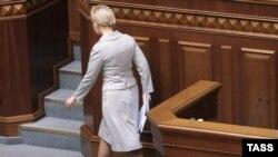Украина парламенты Тимошенко җитәкләгән хөкүмәтне вазыйфасыннан читләтү өчен тавыш бирде