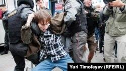 Задержание на Триумфальной, 31 августа 2012