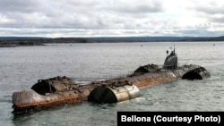 A photo of the Russian submarine K-159 shortly before it sank, killing nine sailors and sending its radioactive fuel to the seabed.