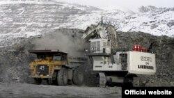 Больше всего в 2017 году в Кыргызстане выросла добыча полезных ископаемых. Рудник Кумтор. Архивное фото.
