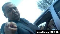 Глава районного комитета города Самарканда Бахром Кузиев сквернословит в адрес местной жительницы. Скриншот из видеозаписи.