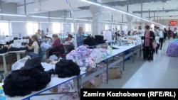 Cool-Bros ишканасында. Бишкек. 22-сентябрь, 2021-жыл.