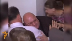 Angry Crowd Attacks Governor Of Ukrainian Town