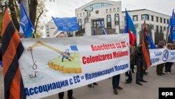 Молдова -- Орусиячыл активисттердин Евробиримдик менен Ассоциациялык келишимге барууга каршы митинги. Кишинев, 6-апрель, 2014.