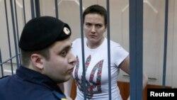 Українська льотчиця Надія Савченко, яка перебуває за ґратами в Росії