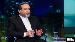 عباس عراقچی در این سفر پیام حسن روحانی را به امانوئل مکرون خواهد داد.