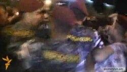 Полиция применила силу против участников акции возле «Арснакара»