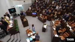 Совет Федерации завершает весеннюю сессию, 18 июля 2012 года.