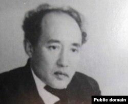 Мухтар Ауэзов.