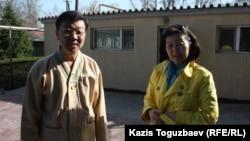 Проповедник алматинской буддийской общины Ким Тэ Иль и руководитель алматинской буддийской общины Лариса Палагина. Алматы, апрель 2013 года.