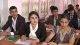 """""""Мы не живем в СССР!"""" Таджикская молодежь недовольна, что выезд за рубеж теперь с разрешения"""