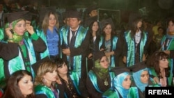 Iraqi Kurds at a graduation ceremony at Duhok University in the Kurdistan region last month.