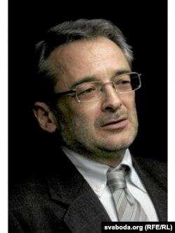 Адам Паморскі