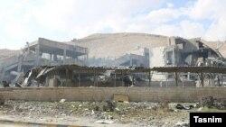 Prizor nakon bombardovanja iz zraka na postrojenja za proizvodnju kemijskog oružja, Sirija