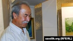 After Uzbek sculptor Ilhom Jabbarov refused the wishes of former President Islam Karimov. he lost his car and his home, laid down his chisel, and took up beekeeping.