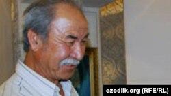 Узбекский скульптор Ильхом Джаббаров.