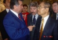 President Rakhmonov (left) with UNESCO Director-General Koichiro Matsuura in November (RFE/RL)