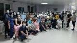 Сотрудники городской больницы № 2 в столице. Фото — со страницы Габита Нурханулы в Facebook'е.