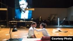 """Сцена из спектакля """"Источник"""""""
