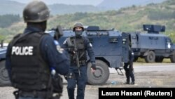 Косовски специјалци на граничниот премин Јариње кон Србија