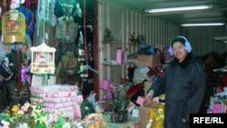«Sədərək» Ticarət Mərkəzində Çin satıcısı, 25 fevral 2007