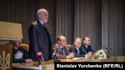 Владимир Казарин выступает на открытии Таврического национального университета имени Вернадского в Киеве, 26 сентября 2016 года
