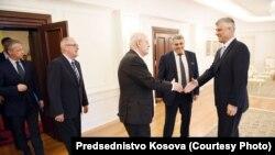 Kosovo, delagacije FIFA-e i UEFA-e u Prištini