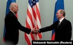 Joe Biden și Vladimir Putin, Moscova, 10 martie 2011