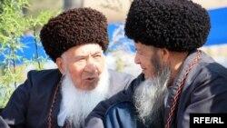 Türkmençilikde hudaýýoly, aýdylan janly bermek hem hemme maşgalalara diýen ýaly mahsus.