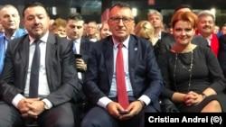 Imagine de la ultimul congres PSD, cu Paul Stănescu și Olguța Vasilescu în prim-plan, lideri locali puternici în ierarhia social-democraților