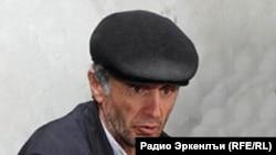 Житель чеченского высокогорного села Кенхи Рамазан Джалалдинов.