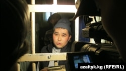 One of the Bishkek inmates on hunger strike talks to media on December 15.