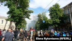 Одесса. Первые стычки на Дерибасовской 2 мая 2014 года