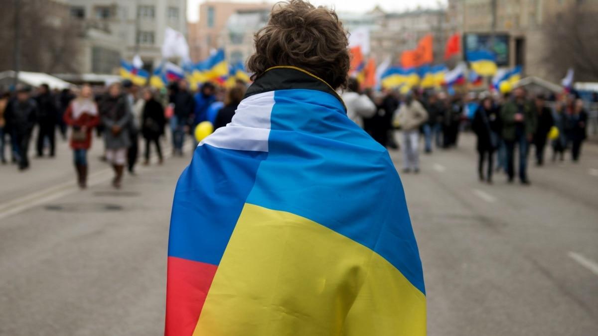 Мнение: Россияне, братья, свергайте власть! Потом