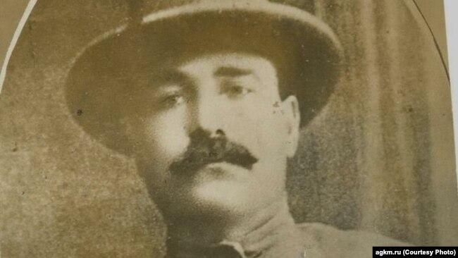 Григорий Рогов
