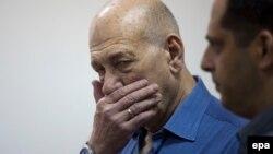 Ehud Olmert (solda)