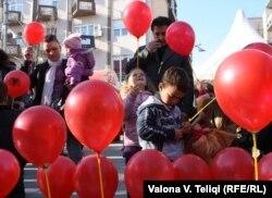 Priština slavi Dan albanske zastave, 28. novembar 2011.