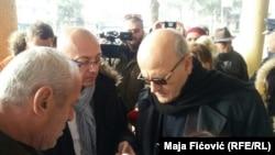 Goran Rakić sa zvaničnicima Prištine