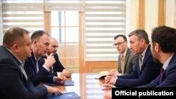 Ekipi negociator i Kosovës - Foto nga arkivi