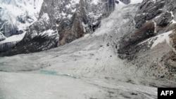 Ілюстраційне фото: ця лавина, що зійшла на півночі Пакистану рік тому, забрала життя 135 людей