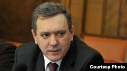 Српскиот министер за Косово и Метохија, Горан Богдановиќ