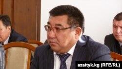 Нарын облусундагы өкмөттүн ыйгарым укуктуу өкүлү Аманбай Кайыпов.