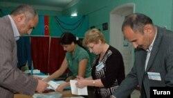 «İlham Əliyevin növbəti dəfə prezident seçiləcəyinə heç kimin şübhəsi yoxdur»