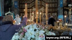 Вербное воскресенье в в Покровском соборе Севастополя. 12 апреля 2020 года