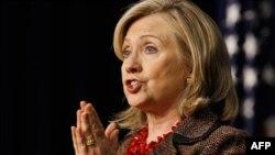 Хилари Клинтот загрижена за состојбите во Сирија