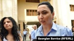 Парламенттің адам құқықтары жөніндегі комитетінің төрағасы Эка Беселья. Тбилиси, 12 тамыз 2011 жыл.