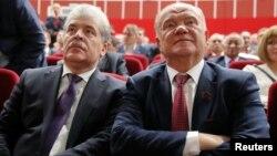 Не получивший мандат депутата Госдумы Павел Грудинин и Геннадий Зюганов