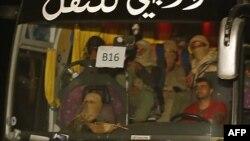یک اتوبوس حامل جنگجویان وابسته به گروه داعش.